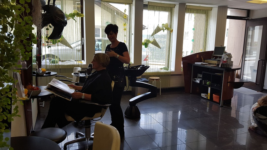 Friseur - Hairstyling Annelise